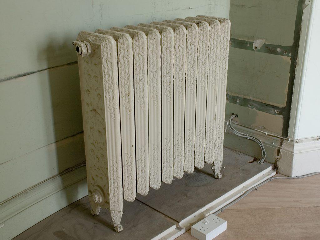 radiador de agua de hierro fundido